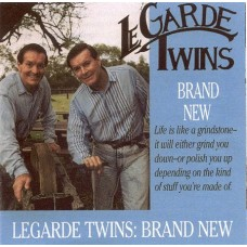 Le Garde Twins - Brand New